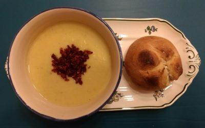 Irlanda: Crema de puerros y patatas con White Soda Bread